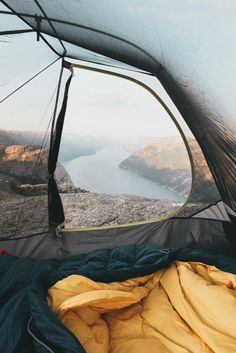 what amazing view to wake up on!! <3 <3 #Camping #nature #travel #camp #hiking #survival #hike #mountains #photography #motivation @geardoctors