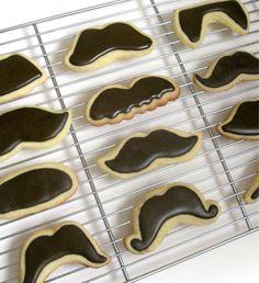 Moustache Cookies! | LUUUX