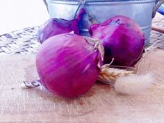 red tropea onions...Every year in July/August, there is the feast of the red onion that takes place to honour the queen of the gastronomy of Tropea...
