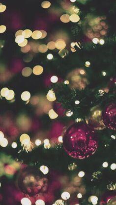 Christmas bokeh | iPhone wallpaper