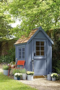 This simple designing of the garden shed is made to provide you an attractive storage space at your garden area. It is the best plan that will make you able to locate various useful garden products in a safe, unique garden shed. The beautiful greenery and plants are simply adding perfection to this idea.