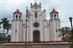 Iglesia de Santa Bárbara de Heredia