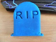 RIP-cookie-cutter-tombstone-HALLOWEEN-decorating-tool Halloween Tombstones, Halloween Decorations, Decorating Tools, Cookie Cutters, Cookies, Halloween Prop, Cookie Recipes, Cakes, Biscotti