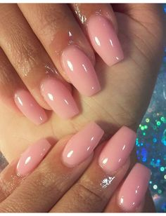 Nail Inspiration - #accentnails #accent #nails