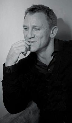 Daniel Craig Daniel Craig Style, Daniel Craig James Bond, Rachel Weisz, Craig Bond, Daniel Graig, Skyfall, Pretty Face, Gorgeous Men, A Good Man