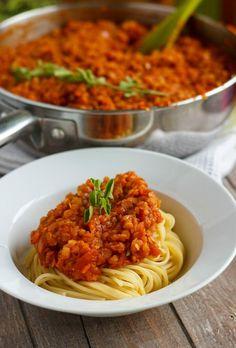 Vegetarian Lentil Bolognese Sauce (Vegan) #lovelentils