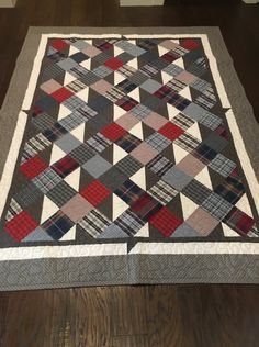 This photo is genuinely an interesting style theme. Man Quilt, Boy Quilts, Scrappy Quilts, Quilt For Men, Flannel Quilts, Plaid Quilt, Shirt Quilts, Patchwork Quilt Patterns, Quilts For Men Patterns