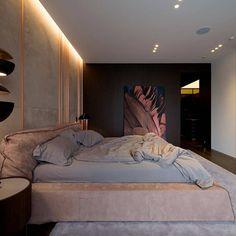 Home Bedroom, Modern Bedroom, Bedroom Wall, Bedroom Decor, Bedroom Ideas, Master Bedroom, Bedrooms, Tiny Studio Apartments, Sexy Home