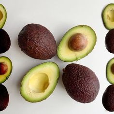 3 reasons why you need Avocado! 1) Rich source of Oleic Acid, a good fatty oil.  Resistant to heat making it an ideal cooking oil. 2) Rich in many vitamins and minerals including Vitamin K which helps the blood clot properly in healing 3) A single 100g dose contains 27% RDA of fibre which helps promote gut health, preventing constipation and bloating  BONUS: Vitamins A D E K need fat to be absorbed, avocado helps greatly increase the absorption of these due to its high fat content…