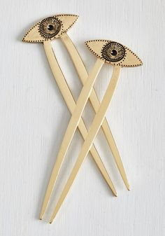 Eye Oh My Hair Pin Set. Every time you rock these gold hair pins, your stellar style is the optic of conversation. #gold #modcloth