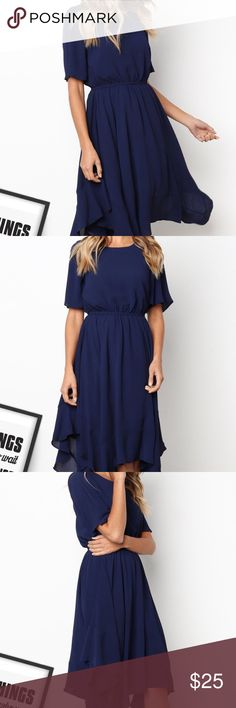 "smart waist dress NWT length: 44.57"" bust: 38.58"" sleeve: 10.63"" waist: 69-85"" Dresses Midi"