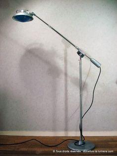 Lampadaire Solr 219 S | Très rare lampadaire ou grande lampe sur socle de la marque Solr créé par Ferdinand Solere, sous les...