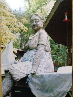 Mosaic sculpture, Pearl, by Virginia Bullman and LaNelle Davis