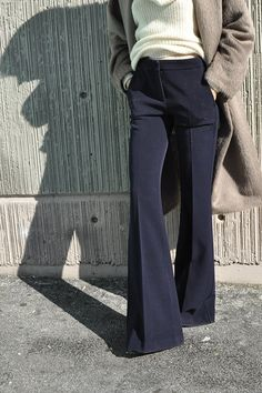 The things pant dreams are made of... an oh so 70's vibe and a silhouette that instantly elongates anyone's frame. I don't know if it is the sizing...