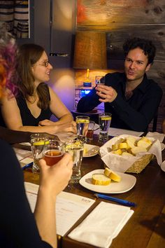 When having a pint with friends, why not put away those cell phones and stimulate everyone's taste buds and brains with one of these fun beer tasting games.