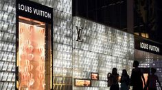 Fitch: China luxury sales improve