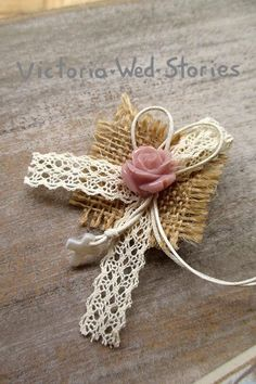 1 million+ Stunning Free Images to Use Anywhere Diy Bow, Diy Ribbon, Burlap Flowers, Fabric Flowers, Jute Crafts, Diy And Crafts, Crafts For Seniors, Creative Gift Wrapping, Burlap Fabric