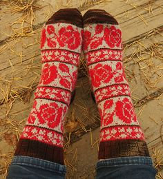 Ravelry: TiiQ's Roses are red