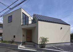 角地を生かした個性的なデザインの家 #homify #ホーミファイ #角地 #建築 https://www.homify.jp/ideabooks/372380 今回紹介するのは、住宅街の角地に建つ個性的なデザインの家です。角地という立地を上手に生かして、2階建てと平屋を組み合わせ…