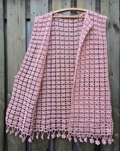 Hanga tunic pattern by Nikolett Corley Designs Crochet Shawl Free, Pull Crochet, Crochet Vest Pattern, Crochet Jacket, Crochet Stitches Patterns, Filet Crochet, Crochet Designs, Tunic Pattern, Crochet Dress Girl