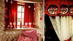 Resultado de imagen para cortinas navideñas Curtains, Home Decor, Environment, Beautiful Curtains, Home Decorations, New Trends, Border Tiles, Houses, Blinds