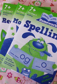 """La collana di workbooks della """"help with homework"""", divisa per livelli. Questa e' la collana relativa allo spelling, more spellig e read and write. Delle attivita' simpatiche correlate da adesivi che aiutano il bambino a """"ripassare"""" il programma scolastico inglese."""