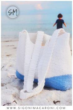 Colorblock Beach Bag Crochet Pattern - Sigoni Macaroni