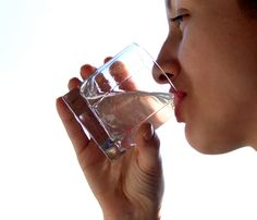 Learn with us on the importance of water to lose weight healthily ...  please Visite our website