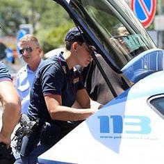 Offerte di lavoro Palermo  A notare il corpo è stato un passante che ha avvertito la polizia. La donna era seminuda ma sul cadavere non c'erano tracce di violenza. E' il secondo caso in...  #annuncio #pagato #jobs #Italia #Sicilia Palermo cadavere di donna trovato in corso dei Mille