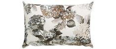 Textiles from BoConcept - decorate your home with textiles