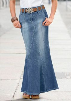 Swans Style is the top online fashion store for women. Shop sexy club dresses, jeans, shoes, bodysuits, skirts and more. Denim Skirt Outfits, Style Outfits, Denim Outfit, Classy Outfits, Casual Outfits, Fashion Outfits, Recycled Fashion, Recycled Denim, How To Make Skirt