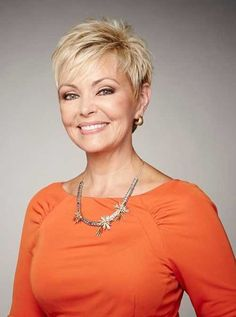 Superb Short Pixie Haircuts for Women - Are you looking for an extraordinary innovation? Are you tired of your long boring hair style? Short Hair Cuts For Women, Short Hairstyles For Women, Short Hair Styles, Short Cuts, Short Pixie Haircuts, Pixie Hairstyles, Short Blonde, Blonde Pixie, Pixies
