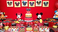 Roupa do Mickey Mickie Mouse Party, Fiesta Mickey Mouse, Mickey Party, Mickey Minnie Mouse, Disney Mickey, Mickey Mouse Clasico, Mickey Decorations, Mickey Mouse Birthday, Mickey And Friends
