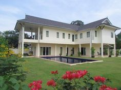 4 Bedroom house for sale in East Pattaya - Thailand;  http://www.towncountryproperty.com/houses/east-pattaya-house-20022.html