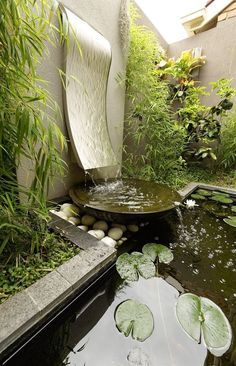34 Small Backyard Design Idea to Beautify Your Environment Water garden, Water features in the garde Backyard Water Feature, Ponds Backyard, Backyard Landscaping, Landscaping Ideas, Modern Water Feature, Backyard Waterfalls, Natural Landscaping, Garden Ponds, Koi Ponds