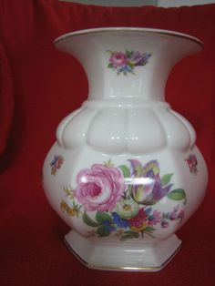 Rosenthal Selb Bavaria. Modell von Ph Rosenthal. 20 cm Bavaria, Vases, Ph, Shabby Chic, Gold, Design, Home Decor, Old Vases, Flowers