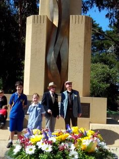 Giralang PS and surviving members of the Rats of Tobruk lay wreaths at the Rats of Tobruk memorial on Anzac Drive Canberra.
