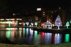 Christmas lights at OU Medicine in Oklahoma City // The Team Outdoor Lifestyle