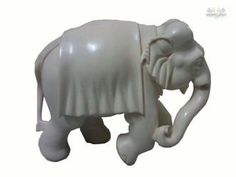 An elephant form in its very encompassive and expressed form. A perfect showpiece item to decor your living place.Can be used for gifting purposes as well.
