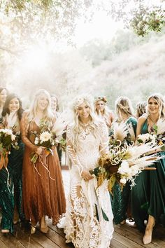 Earthy pampas grass bridal bouquets | Image by Sanford Creative