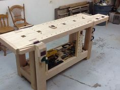 Roubo Hybrid Workbench - by Thorreain @ LumberJocks.com ~ woodworking community