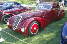 Photographs of the 1932 Alfa Romeo Hardtop Coupe. An image gallery of the 1932 Alfa Romeo Alfa Romeo Giulietta Spider, Alfa Romeo 8c, Alfa Romeo Spider, Vintage Sports Cars, Vintage Cars, Automobile, Classy Cars, Old Classic Cars, Italian Beauty