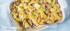 Een pizza Hawaï met ananas en ham kennen we allemaal. Maar wist je dat je deze ingrediënten ook heerlijk kunt verwerken in een ovenschotel?