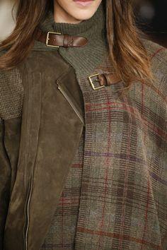 これ、似合うと思うよ、買ってみたら、ね、ね、少しは出すからさ。 #秋冬ファッション #RalphLauren Fall 2016: