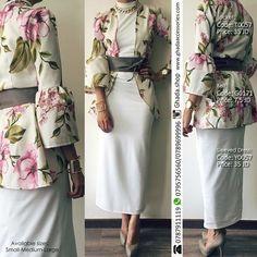 Flowery blouse...beautiful #fashion