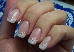 The best New nails art design big collection for summer Photos for girls. Colorful nails pictures with steps you can made easy. How to nail art designs, art nail designs, design nail polish, manicure french. French Tip Nail Designs, Flower Nail Designs, White Nail Designs, Simple Nail Art Designs, Flower Nail Art, French Manicure With Design, Easy Designs, French Pedicure, Easy Nails