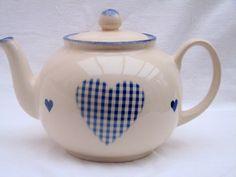 .my favs, blue heart teapot