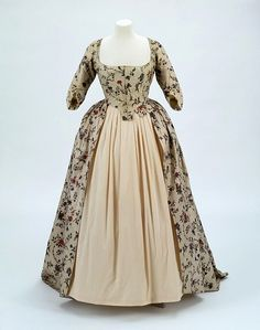 India (fabric) the Netherlands (tailored) - Dress - Cotton, resist- and mordant-dyed, block-printed, painted and lined 18th Century Dress, 18th Century Clothing, 18th Century Fashion, Historical Costume, Historical Clothing, 1700s Dresses, Renaissance Dresses, Vintage Outfits, Vintage Fashion