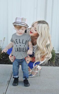 Ponte #guapa y usa tacones, siempre que te sientas cómoda y puedas caminar a la par de tu #pequeño. #mom #style #fashion #outfit #mommy #cool #beauty #fashionist