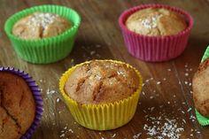 Deze cupcakes zijn erg makkelijk te maken. De limoen en kokosmelk geven er zoveel smaak aan, dat je niet eens door hebt dat ze volkoren zijn!